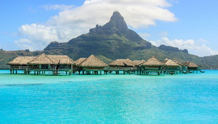 Romantic Honeymoon Vacations in Bora Bora